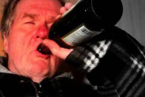 Дед - алкоголик
